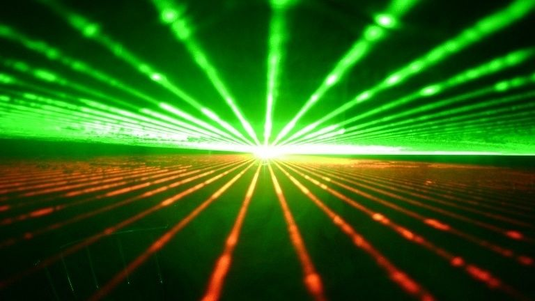 Green vs Red Beam Laser Level - Which is Better?